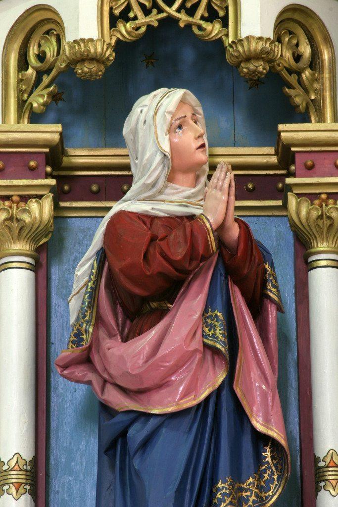 Virgem Maria aos pés da Cruz