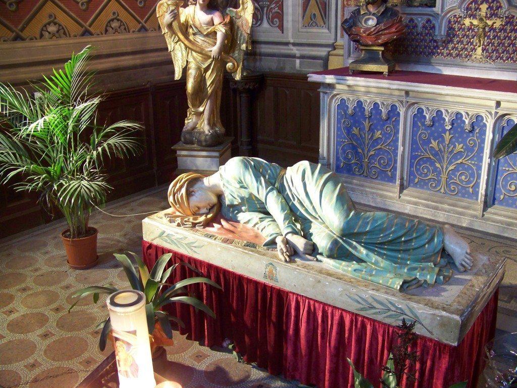 Imagem de Santa Cecilia morta