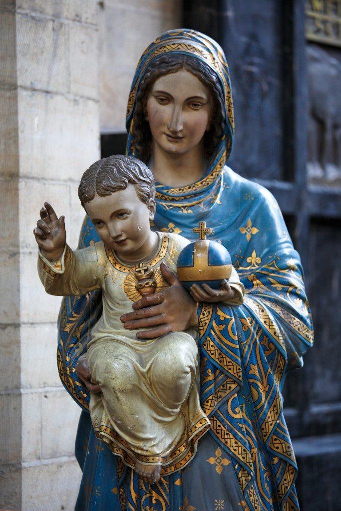 Santa Maria Com o Menino Jesus