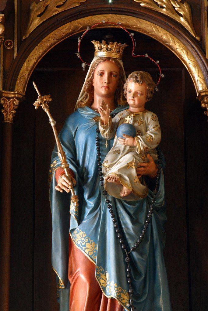 Virgem Abençoada Com o Menino Jesus